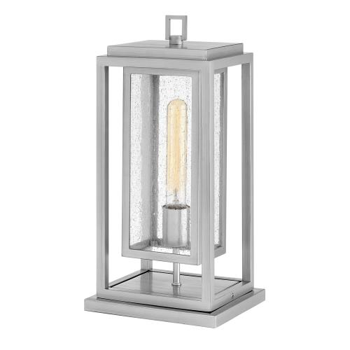Hinkley Lighting 1007 Republic - 1 Light Medium Outdoor Low Voltage Pier Mount in Transitional Style - 7 Inches Wide by 16.5 Inches High
