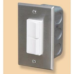 Accessory - Single Duplex Switch Wall Plate  and  Gang Box 20 Amp Per Pole