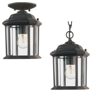 Single-light Outdoor Pendant in Traditional Style - 6.5 inches wide by 10.5 inches high