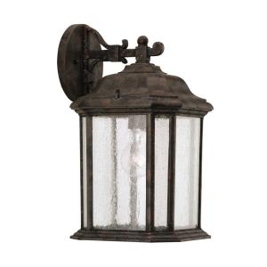 Single-light Outdoor Wall Lantern in Traditional Style - 8.5 inches wide by 15 inches high